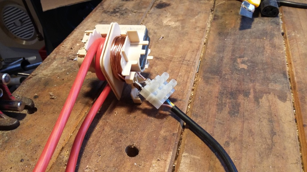 Wired up a cable to a chocolate block to test
